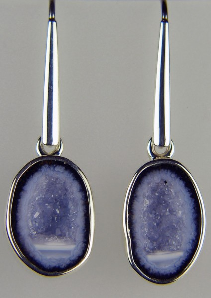Agate geode earrings - Simple drop earrings in silver with a matched pair of Mexican miniature agate geodes