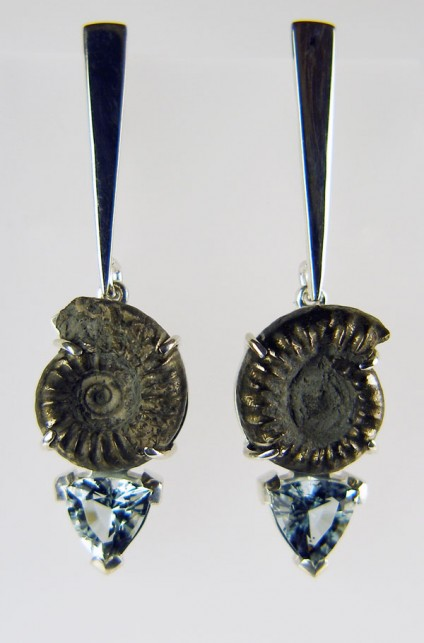 Ammonite & aquamarine earrings - Pair of ammonite and aquamarine earrings in silver