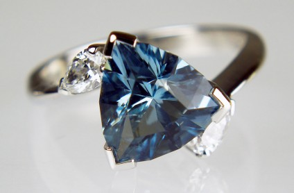 Aquamarine & diamond ring - 1.90ct trillion cut aquamarine (cut by award winning lapidary Ivan Williamson), set with a matched pair of 0.28ct pear cut diamonds in F colour VS clarity, and mounted in 18ct white gold