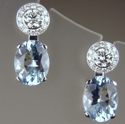 Aquamarine & diamond earrings - Pair of diamond stud earrings, centre diamonds 0.4ct each stone, total diamond weight 1.09ct. Centre diamonds with GIA reports F/G colour VS clarity.  Pair of removable aquamarine oval cut drops totalling 5.1ct. All in 18ct white gold.
