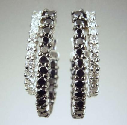 Black & white diamond earrings - 1.5ct of black and white diamonds set in 18ct white gold