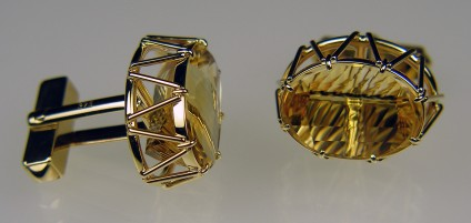 Millenium cut citrine cufflinks in gold - Millenium cut 23.4ct pair of fine coloured golden citrines set in an elaborate handmade 9ct yellow gold cufflinks