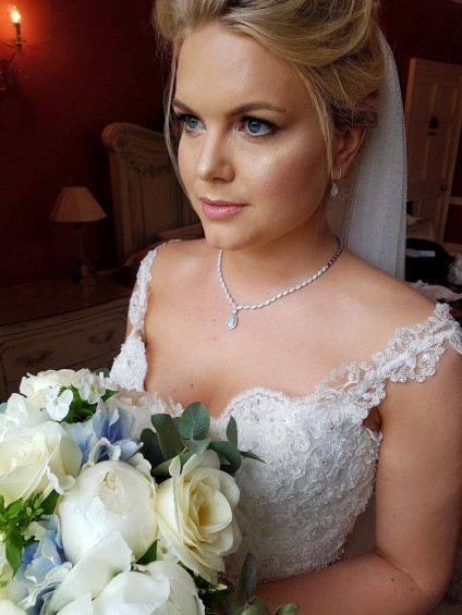 Rent your wedding jewellery from Just Gems - One of our beautiful brides, Elisabeth Hurst, on her wedding day 11th June 2016, wearing the diamond necklace and earring set she rented from Just Gems.