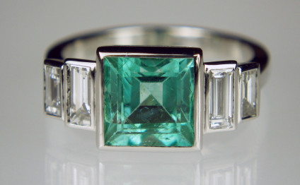 Emerald & baguette cut diamond ring in platinum - 2.03ct square emerald cut emerald set with 0.34ct and 0.25ct pairs of baguette cut diamonds in F colour & VS clarity, all mounted in platinum