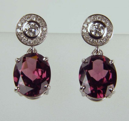 Diamond cluster and garnet earrings - 0.34ct diamond cluster earstuds with 5.76ct pair of rhodolite garnet oval detachable drops in 18ct white gold