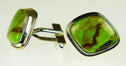 Gaspeite cufflinks  - Gaspeite cufflinks in silver & 9ct yellow gold. Cufflinks measure 21 x 25mm. Gaspeite is a rare nickel carbonate mineral. These specimens come from Western Australia.