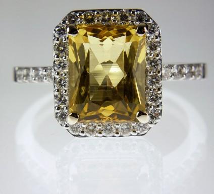 Golden beryl & diamond ring - Golden Beryl Rectangle Ring 3.46ct golden beryl set with 0.63ct diamonds in 18ct white gold.