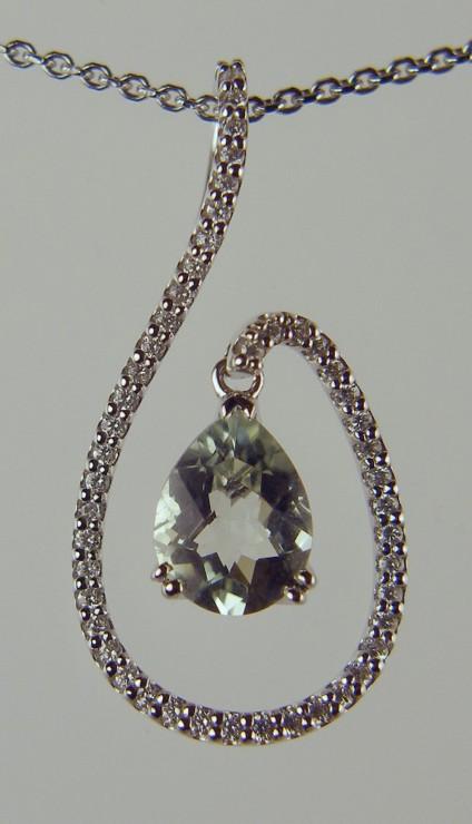 Green Quartz and Diamond Pendant - 1.22ct green quartz and 0.47ct diamond pendant in 18ct white gold