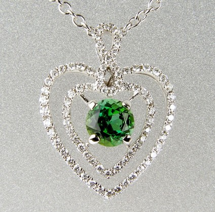 Green tourmaline & diamond pendant -