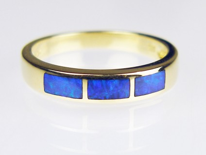 Inlaid Black Opal Ring - Black Opal ring in 14ct yellow gold