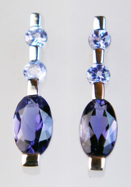 Iolite earrings - Iolite earrings in 9ct yellow gold