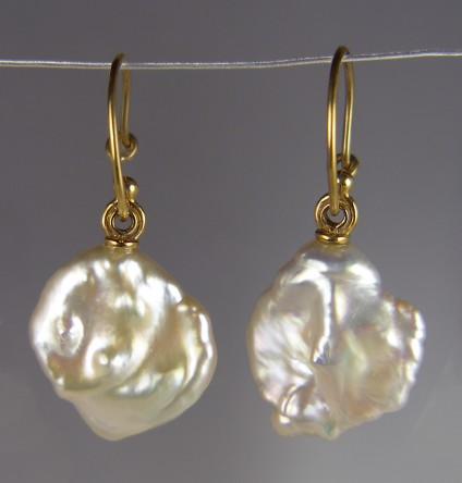 Cultured Pearl Earrings - Natural cream coloured Keishi pearl drop earrings in 18ct yellow gold. The pearls are approximately 17mm in diameter.