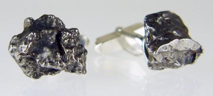 Meteorite cufflinks in silver - Campo del cielo (Argentina), nickel iron meteorite fragments mounted in silver