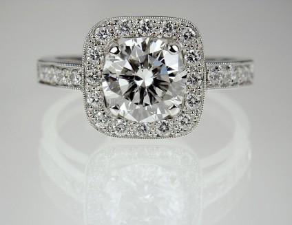 Diamond ring in platinum - Micro-pavé Diamond Ring 1.68ct G/SI2 diamond (GIA certificated) set with 0.38ct 1.5mm diamonds in platinum. Accompanied by independent buyer's report by Adrian Smith of Perth estimating a high street value of £23,000 for this piece