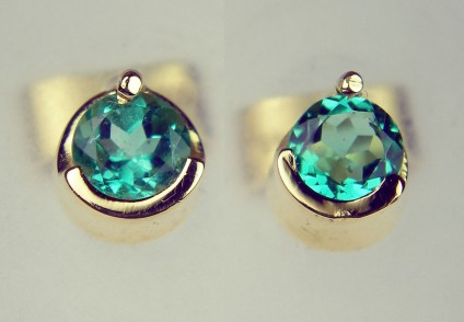 Round emerald earstuds in 14ct yellow gold - 0.50ct round cut Colombian emerald pair in 14ct yellow gold