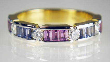 Pastel sapphire & diamond ring - 0.33ct round brilliant cut diamonds (2.65mm in diameter) set with 0.92ct of specially cut 1.5 x 2.5mm baguette sapphire in pastel purple and blue and mounted in 18ct yellow gold and platinum