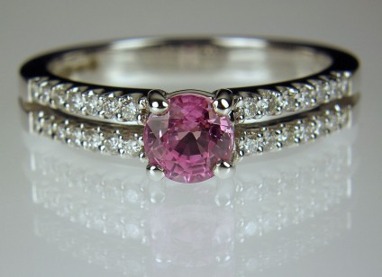 Pink sapphire & diamond ring - Pink sapphire & diamond ring in 18ct white gold with 5mm round 0.73ct pink sapphire.