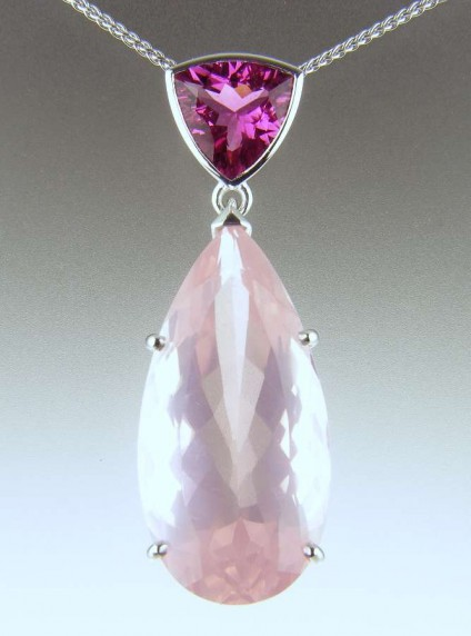 Rose quartz & pink tourmaline pendant - 23.54ct rose quartz set with 3.67ct intense pink tourmaline in 9ct white gold pendant and suspended from a 9ct white gold spiga chain