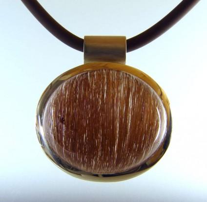 Rutilated quartz pendant in silver -