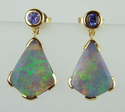 Sapphire & opal earrings - 0.22ct sapphire round earstuds with 4.1ct black opal detachable drops all in 18ct yellow gold