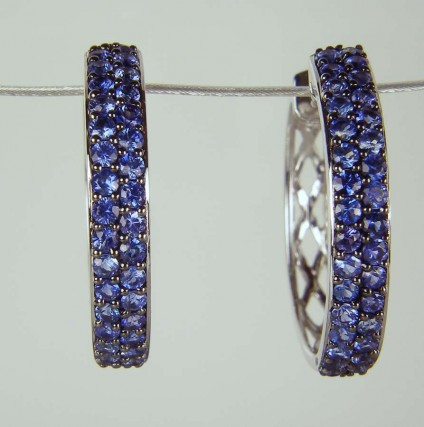 Sapphire earrings in white gold - 1.12ct round brilliant cut sapphires set as earhoops in 18ct white gold