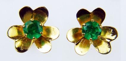 Emerald flower stud earrings - Delicate flower shaped Colombian emerald earrings in 18ct yellow gold