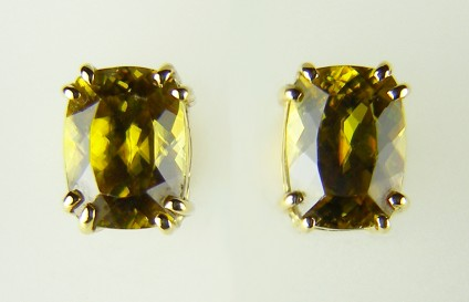 Sphene Earrings - 3.34ct rectangular cushion cut sphene set as simple earstuds in 18ct yellow gold