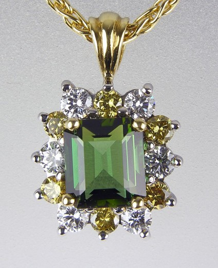 Tourmaline & diamond pendant - 2.02ct green tourmaline set with 0.4ct white and 0.36ct natural yellow diamonds in 18ct white & yellow gold pendant.