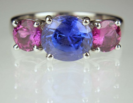 Magenta & blue sapphire ring - 2.82ct round Sri Lankan sapphire set with a 1.37ct matched pair of magenta pink round sapphires in platinum